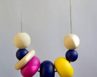 Teething & Nursing Necklace | Silicone Necklace | New Baby Gift | Sensory Necklace | Baby Shower Gift | New Mum Gift | Silicone Teething
