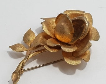 Beautiful Textured Gold Tone Rose Brooch with Stem & Leaves