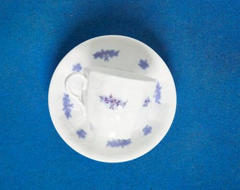 Tea Cup and Saucer Antique Porcelain Transfer Tea Cup 1800s Century Grandmother's China Chelsea Soft Paste Porcelain Tea Cup and Saucer