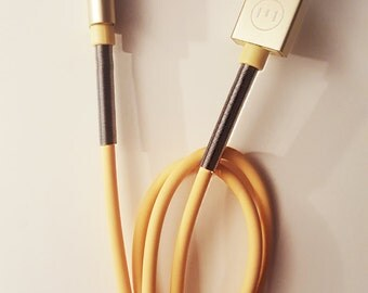 IPhone Charging Cable with Spring Support - Extra Flexible