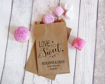 Love is sweet wedding paper kraft favour bags wedding treat bags candy buffet bags for wedding sweetie cart