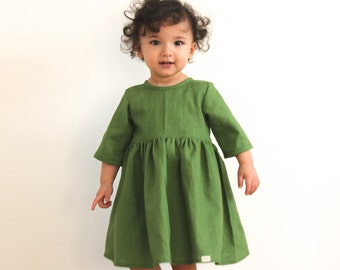 Linen dress for little girls in green colour - kids clothing - natural fabric - toddler clothes - comfortable - handmade - gift idea