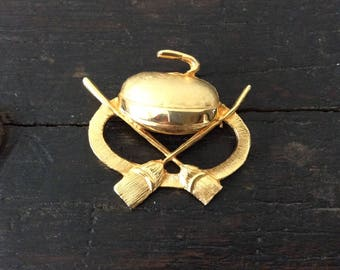 Vintage Curling Brooch /Hat Pin / Scarf Brooch