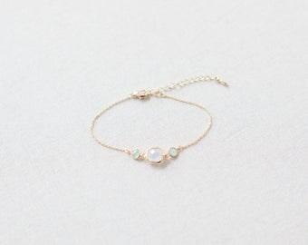 Bracelet, Beaded Bracelet, Wedding Bracelet, Bridal Bracelet, Minimalist Bracelet, Modern Bracelet, Min Green, Gold Bracelet - Jasmin