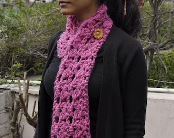 Woolen Crochet Neck Warmer with button: Mauve Pink