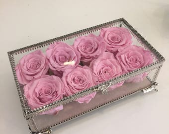 8 Eternity Roses in a Vintage Glass Box