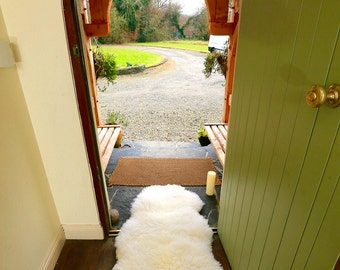 Sheepskin Rug, Irish Sheepskin, Sheepskin from Ireland, West of Ireland Sheepskin, Black Sheepskin, White Sheepskin