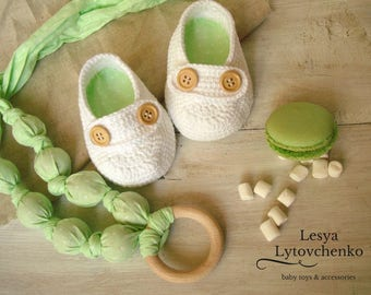 Crochet baby booties shoes- White cotton booties -Miniature Booties