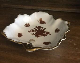 An Irice Vintage Handpainted Dish/Tray