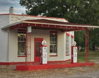 Gas Station of Yesteryear located in Jackson, Ohio