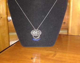 The Elegant One - Pendant Necklace