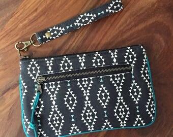 Wristlet Wallet - Black Nomad