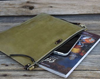 Olive Green Leather Portfolio / Unisex / Mens Zipper Bag  / Large Zipper Clutch / Hand Stitched Bag / Feral Empire