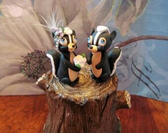 Skunks wedding cake topper, outdoor, rustic, animals, wedding, cake topper, whimsical, unique, pawsnclaws, clay, OOAK