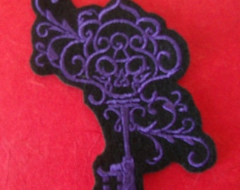Purple Skeleton Key Embroidered Iron On Patch, Patches, Embroidered Applique, Filigree, Gothic Patch, Haunting, EGL Lolita, Royal Purple