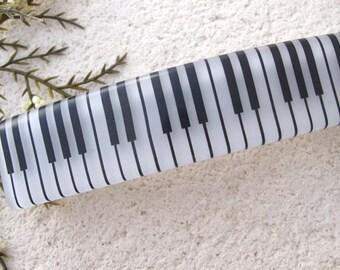 Piano Barrette, Piano Jewelry. Large Barrette, French Barrette, Fused Glass Barrette. White Black Barrette, Fused Glass Jewelry, 111016ba100