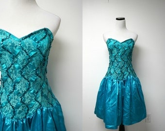 Roberta . 80s beaded blue green prom  long torso bustier dress . size 11 / 12 . made in USA