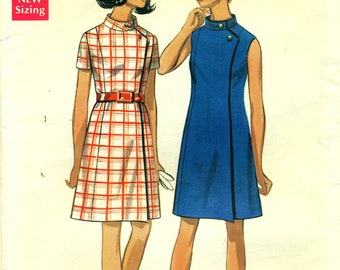 Butterick 5172 FITTED WRAP DRESS 1960s Size 10