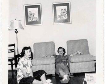vintage photo 1950s Snapshot Ladies Sit Floor 2 Chairs Square Mid Century