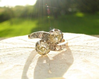 Antique Diamond Engagement Ring, Yellow Old Mine Cut Diamonds, Victorian Toi et Moi Ring, approx 1 carat, 15K Gold and Silver