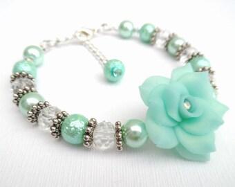 Mint Green Bracelet with Rose Flower, Mother of the Bride Gift, Mint Pearl Bracelet, Single Strand Bracelet, Unique Jewelry, Floral Bracelet