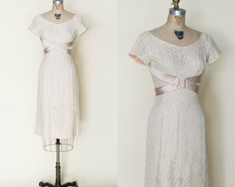 1960s Lace Dress --- Vintage Wedding Dress