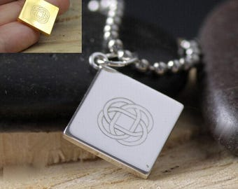 Celtic Knot Keychain Engraved Silver or Gold
