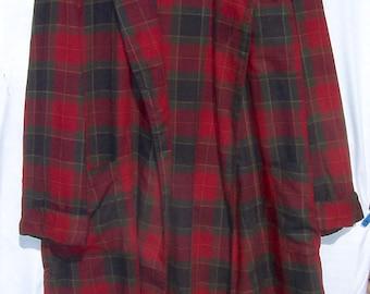 Vintage TARTAN PLAID Wool Robe Large Reds Euc