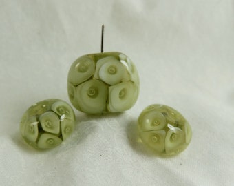 Transparent Green Bead set of 3 By DZD SRA handmade lampwork beads