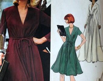 Vintage 70's Vogue Americana Jerry Silverman 1118 Sewing Pattern, Misses Dress, Size 14, 36 Bust, Uncut FF, Retro Mod 1970's Fashion