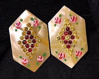 Art Deco 1930s Pearlescent Belt Buckle Vintage Six-Sided 30s Lucite Cream Beige Butterscotch w Red & Yellow Rhinestones Hand painted Roses