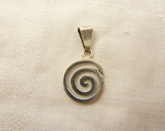 Vintage Mexican Sterling Silver Spiral Swirl Charm