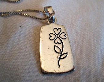NECKLACE - If DAUGHTERS Were Flower I'd Pick you - WORDS - - Sterling Silver -  18 inch  necklace333