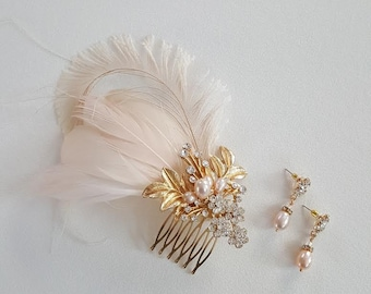 Gold Bridal Hair Comb, Blush Pink Feather Headpiece, Wedding Feather Fascinator, Wedding Feather Headpiece