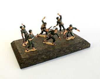 Vintage Strombecker Military Miniatures Model Set Store Display World War II Marines Iwo Jima