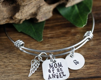 Mom of an Angel Bracelet, Baby Loss Jewelry, Mother's Bracelet, Mom Charm Bracelet, Memorial Bracelet, Remembrance Jewelry, Miscarriage Gift