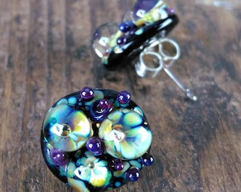 boho stud earrings//flower stud earrings//surgical steel posts//black stud earrings