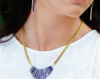 Blue Sodalite Graduated Stone Collar Mesh Chain Gold Necklace