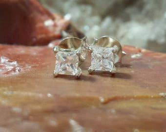 Vintage Square Cut CZ Crystals Sterling Silver Pierced Estate Earrings / Vintage Petite Cubic Zirconia & Sterling Studs Posts Earrings