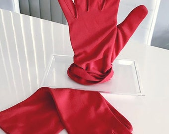 Vintage Holiday!  Vintage Ladies 50's era Red Gloves -- Size S-M