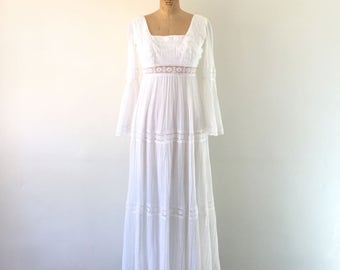 Vintage 1970s Bohemian Dress White Lace Trim Bell Sleeve Hippie Cotton Gauze Wedding Gown XS/S