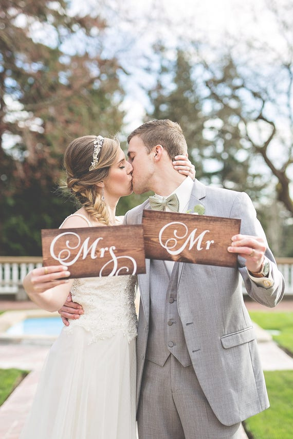 Mr & Mrs Signs, Rustic Wedding Signs, Mr and Mrs, Bridal Shower Gift, Mr and Mrs Wood Signs, Wedding Chair Signs