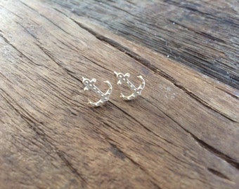 Tiny Gold Anchor Stud Earrings