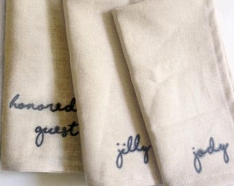 set of custom napkins cloth napkins napkins personalized napkins wedding napkins - Linen Monogrammed Napkins