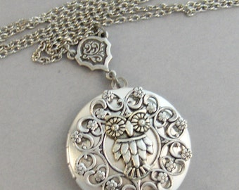 Sweetest Owl,Owl,Owl Necklace,Owl Jewlery,Owl Locket,Owl in handmade,Silver Locket,Silver Necklace,Owl,Silver,Woodland,valleygirldesigns.