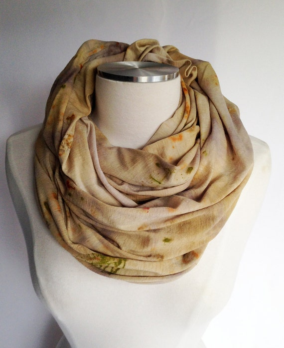 Merino infinity Scarf - NATURAL Dyed, Pale Yellow