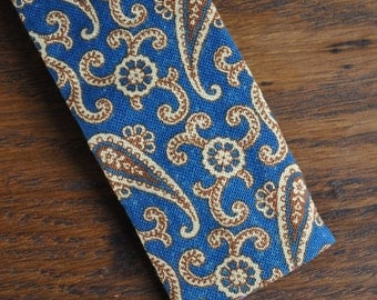 Skinny tie mid century modern mcm Rooster brand green and gold paisley