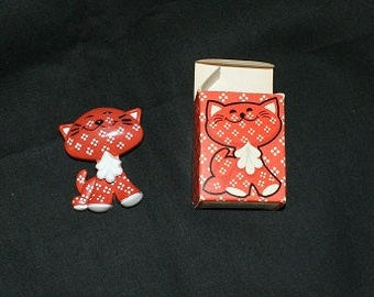 Vintage 1973 Calico Cat Pin Pal Fragrance Pin Pal in Original Box Never Used Great Collectible!  L@@K! Cat Lover Vet Nurse Little Girl