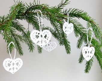 Crochet hearts decorations - white lace hearts - Christmas decorations - Christmas tree ornaments - white hearts ornaments - set of 6