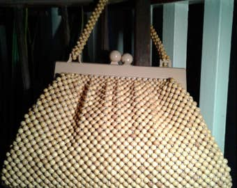 60s NUDE BEADED BAG—Larger Size—Wooden Beads—Oversized Kiss-Clasp—Beaded Strap—Fabric Lining with Two Pockets—Mint